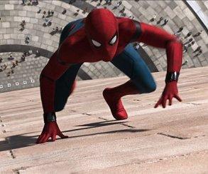 Как Человек-паук помог Карателю устроиться на работу (и наоборот)