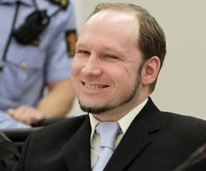 Брейвик пожаловался на «детские» видеоигры в норвежской тюрьме