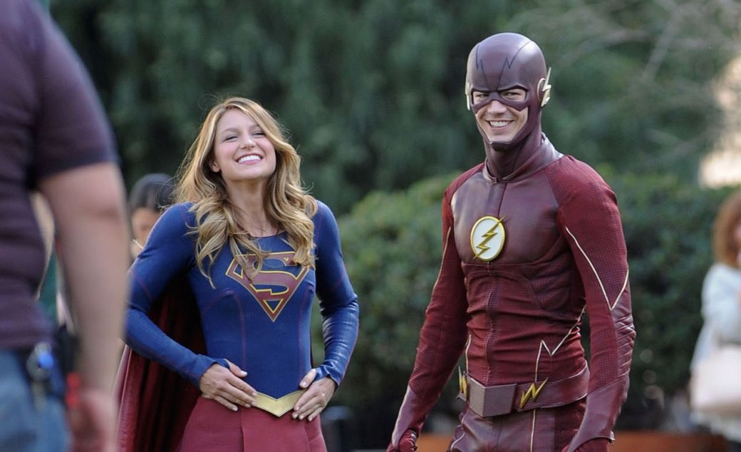 Второй сезон «Супергерл» будут снимать рядом с «Флэшем» и «Стрелой» - Изображение 1