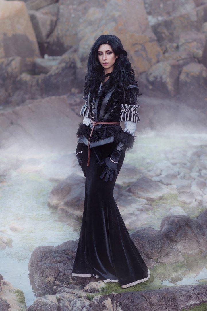Косплей дня: две разных Йеннифэр изThe Witcher3. Какую выберетевы? - Изображение 2