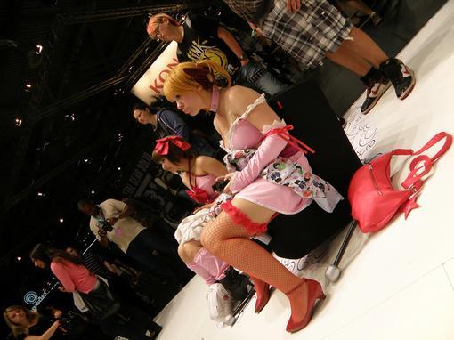 GamesCom 2011. Впечатления. Booth babes, косплей и фрики - Изображение 2