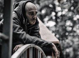 «Тупой деревянный шантаж»: один изконцертов Хаски отменили из-за «призывов кканнибализму»
