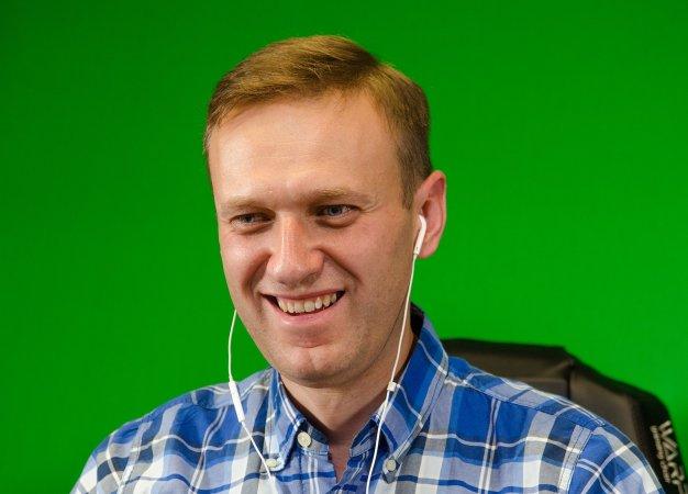 «Что значит ялюблю хайпить?!» Алексей Навальный— орэп-баттлах, «Игре престолов» ивареных собаках