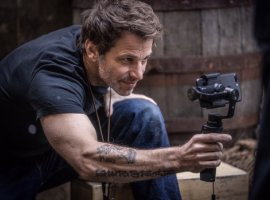 Заку Снайдеру нравятся «Мстители», ноонхочет, чтобы фанаты принимали идругие фильмы