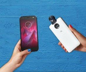 Motorola показала два смартфона, модульную камеру спанорамным обзором