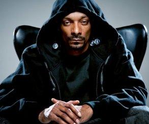 Snoop Dogg выпустил новый альбом Make America Crip Again. Послушайте его здесь