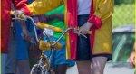 Милли Бобби Браун нановых фото сосъемок третьего сезона «Очень странных дел». - Изображение 15
