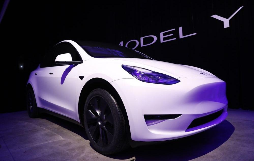 Что такое Tesla Model Yикакую пасхалку Илон Маск спрятал вееназвании? | Канобу - Изображение 3431