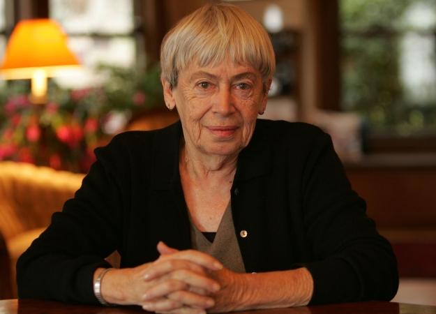 Умерла известная американская писательница Урсула ЛеГуин. - Изображение 1