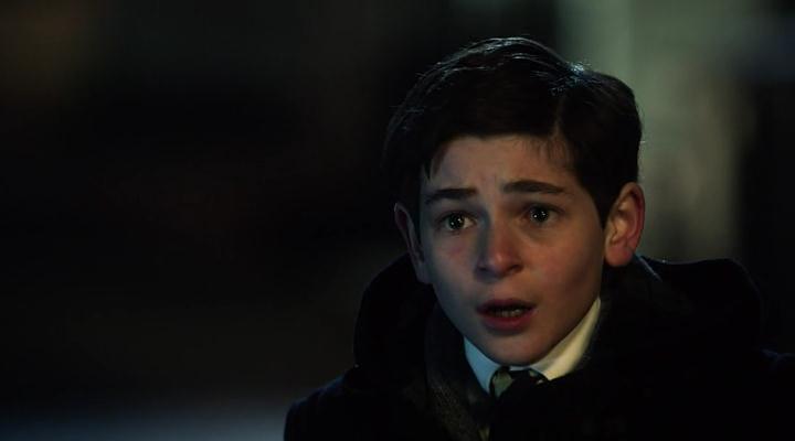 Готэм будет наш. Каким был Бэтмен в детстве? | Канобу - Изображение 6