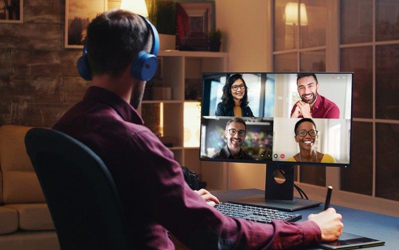 В России готовят к выходу сервис видеоконференций по подписке Webinar Meetings