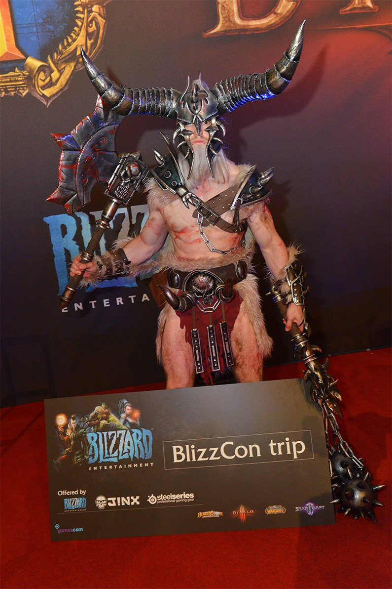 Лучшие костюмы со стенда Blizzard на Gamescom 2013 | Канобу - Изображение 4